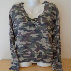 Self Esteem Lace Up Green Camo Soft Top Large